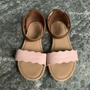 Old Navy toddler scalloped sandals